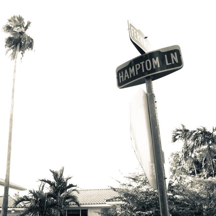 Misspelled Hampton Lane sign in Key Biscayne