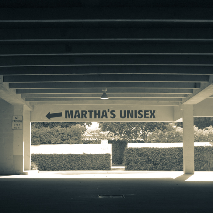 Martha's Unisex in Key Biscayne