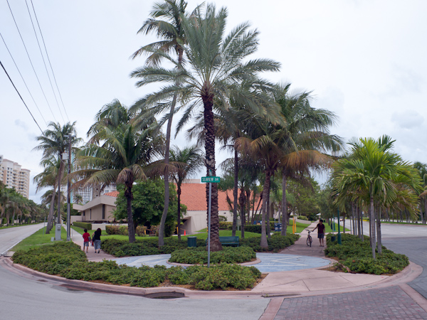 Seaview Corner in Key Biscayne